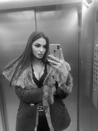 Оля Яковлева