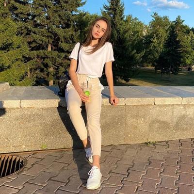 Лиза Соловьева