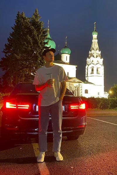 Илья Генералов, Москва