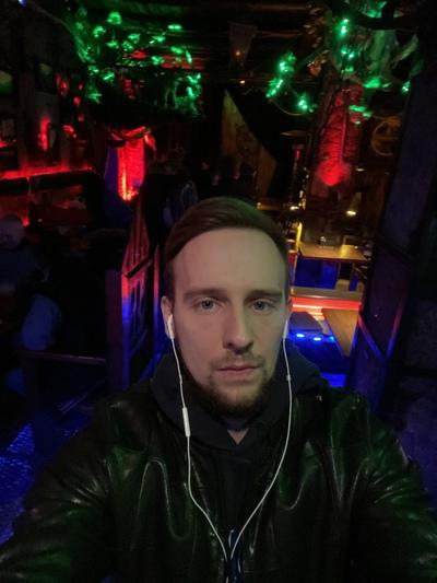 Максим Ковалёв, Москва