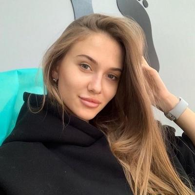 Юлия Дебольская, Киев