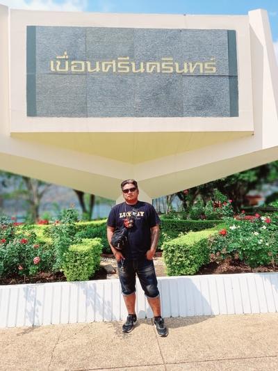 อนุชา เพ็ชร์รื่น, Bangkok