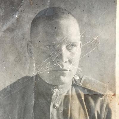 Евгений Красиков, Ялта