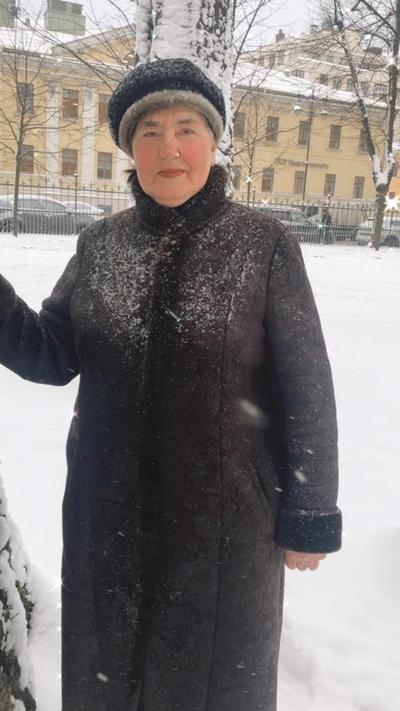 Валентина Перевезенцева, Санкт-Петербург