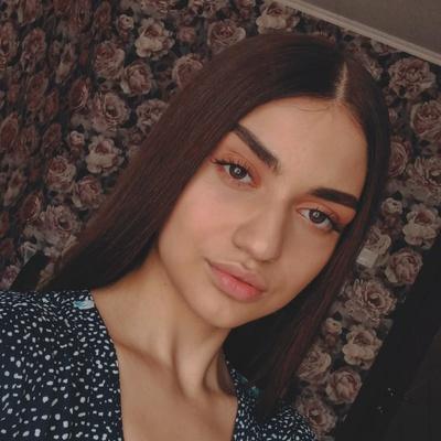 Эмина Дадашева