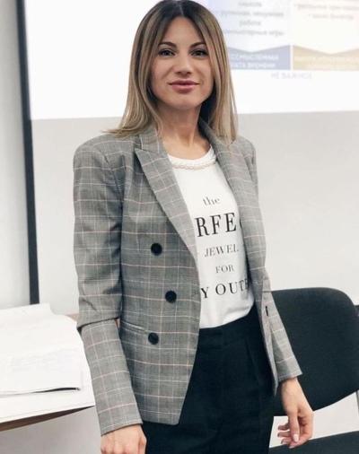 Oksana Isakova, Moscow