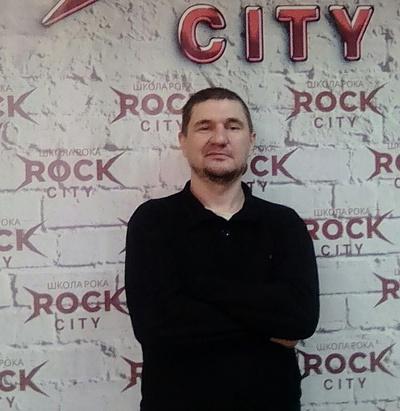 Мираслав Карпович, Санкт-Петербург