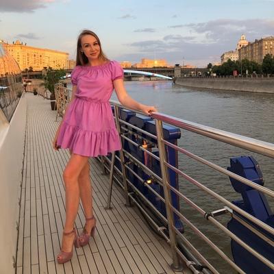 Анна Крайнюк, Москва